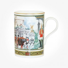 James Sadler Houseguards Cedar Mug Gift box