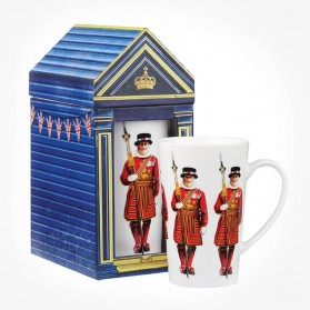 London Collection Beefeater Mug Gift Box
