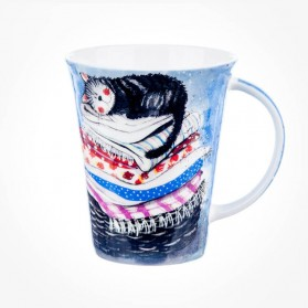 ALEX CLARK Laundry Basket Mug