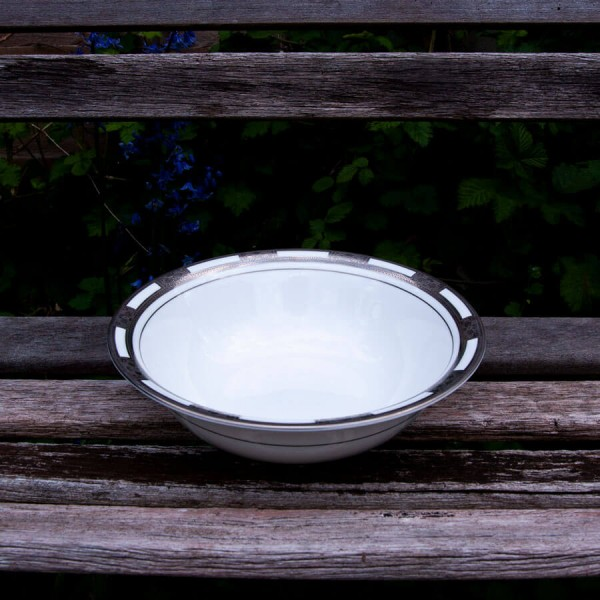 Empress White Platinum Scallop/Salad Bowl
