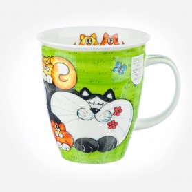 Nevis Cats and Kittens Green mug